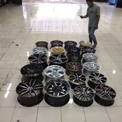 Velg Mobil Terlengkap Jawa Tengah Cilacap,Purbalingga Bayumas (29875015) di Kota Salatiga