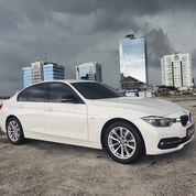BMW 320 I F30 Sport Lci 2016 Putih 320i 2017 (29942716) di Kota Jakarta Selatan