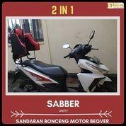 Boncengan Anak Di Motor Vario (29951632) di Kota Jakarta Barat