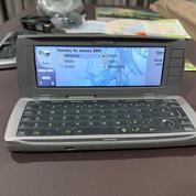 Nokia 9500 Communicator 1 Tangan Dari Baru Milik Pribadi Kondisi 100 % Seperti Hp Baru (29986954) di Kota Jakarta Utara