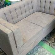 Sofa Abu 2 Seat (Cuci Sofa Murah Jogja, Harga Per Seat) (30082088) di Kab. Sleman