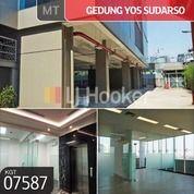 Gedung Jl. Yos Sudarso Sunter Jaya, Tanjung Priok, Jakarta Utara (30149474) di Kota Jakarta Utara