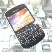 Hape Jadul Blackberry 9900 Dakota Seken Mulus Kolektor Item (30293333) di Kota Jakarta Pusat