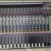 Mixer SOUNDCRAFT EFX 16 Ch Second Like (30358923) di Kab. Lampung Timur