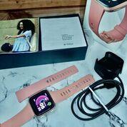Fitbit Versa Rose Gold (30396246) di Kota Malang