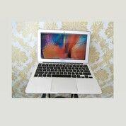Macbook Air Core I7 (11-Inch,Mid 2012) (30507790) di Kota Pekanbaru