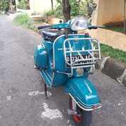 Vespa Super Tahun 1965 Biru Muda (30537331) di Kota Bekasi