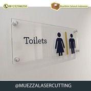 DIY Jasa Potong Laser Cutting Toilet Akrilik Bening (30885970) di Kab. Sidoarjo