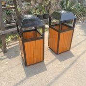 Tempat Sampah Kayu Tutup Prisma (30890024) di Kab. Bekasi
