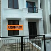 Rumah 2 Lantai Siap Huni Citra Gran Cibubur (31254795) di Kota Jakarta Timur