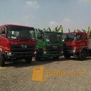 Hino Tractor Head Surabaya SG 260 TH (3348251) di Kota Surabaya