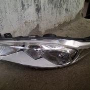 Headlamp Ford Fiesta tahun 2013 - 2016 Original