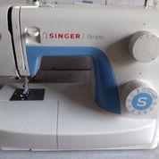 Mesin Jahit Singer Simple 3221