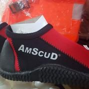 Sepatu Selam Merk American Scuba Type HAVANA Warna Merah
