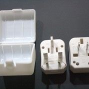 Universal Travel Adapter - Travel Adapter UAR01 (4223597) di Kota Tangerang