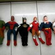 Boneka/miniatur tokoh superhero THE AVENGERS GROUP 6mcm SNI murmer NEW (4351233) di Kota Jakarta Selatan