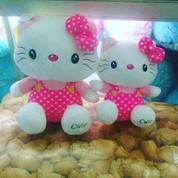 Boneka Si kucing lucu tokoh kartun Jepang HELLO KITTY polkadot pk pita