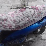 Sarung jok motorkeren gambar HELLO KITTY (4520011) di Kota Bandung