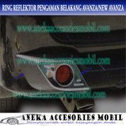 Ring/Cover Reflektor Pengaman Belakang Mobil Toyota Avanza/New Avanza (5147083) di Kota Tangerang