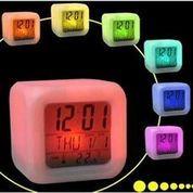 Jam Alarm LED / Glowing LED Color Change Digital Alarm