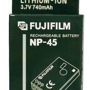 Baterai Fuji Film NP-45 (5843337) di Kota Lubuk Linggau