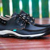sepatu casual boot pria kerja formal santai simpel kickers low hitam (6016145) di Kab. Bandung