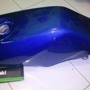 Tangki bensin Kawasaki Ninja R Original, Ready Stock (6751677) di Kota Jakarta Barat