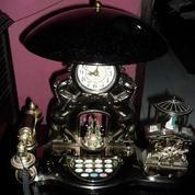 Jam Hias 3 in 1 ( JAm + LAmpu Tidur + Telepon kabel ) (7079323) di Kota Yogyakarta