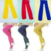 stocking wanita warna warni