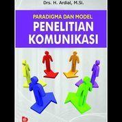 Paradigma dan Model Penelitian Komunikasi (7958937) di Kota Yogyakarta