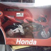 [Diecast] Honda CBR 600R (8047235) di Kota Bandung