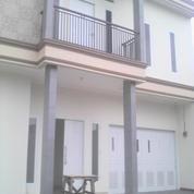 Rumah Baru Tanah Luas di Pondok Kelapa Jakarta Timur (8097459) di Kota Jakarta Timur