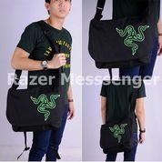 Tas Gaming MESSENGER BAG RAZER (Black Market) (8267999) di Kota Pekanbaru