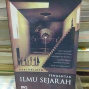 PENGANTAR ILMU SEJARAH, KUNTOWIJOYO (8562849) di Kota Malang