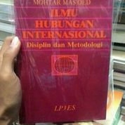 Ilmu Hubungan Internasional , Mukhtar Mas'ud (8562915) di Kota Malang