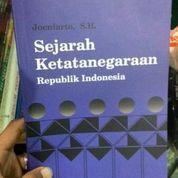 Sejarah Ketatanegaraan - JOENIARTO S.H. (8563133) di Kota Malang