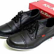 Sepatu Kickers Casual Tali 39-43