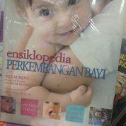 ensiklopedia perkembangan bayi