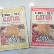 Buku Catur Teori dan Seni Catur (1 dan 2) (9200525) di Kota Bandung