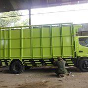 Truk Hino Surabaya Box Besi