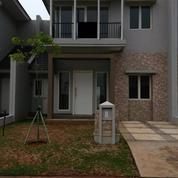 Rumah sangat Bagus Siap huni harga nego suvarna padi mahoni (9413319) di Kota Tangerang
