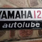 Stiker Tepong/Box Aki Yamaha Yasi/AS1 (9532153) di Kota Surabaya