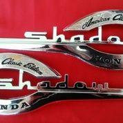 Emblem Motor Honda Shadow (9755011) di Kota Bogor