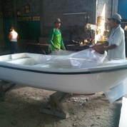 Supplier perahu dayung kap 4-5 penumpang (9915337) di Kota Jakarta Barat