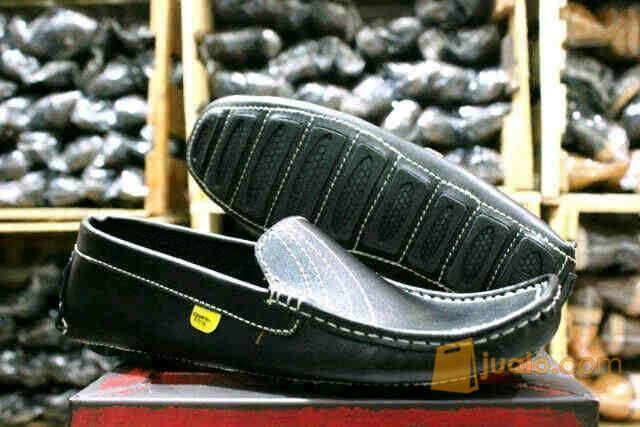 Country Boot Slip On Moccasin Black