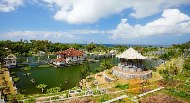 Wisata Bali Taman Ujung Sukasada Bersama GO Wisata Surabaya (11109159) di Kota Surabaya