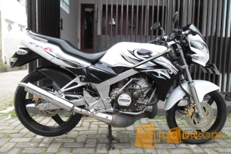 Kawasaki Ninja R 150 Putih Jakarta Timur Jualo