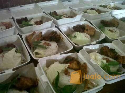 Catering Ari, Menerima Pesanan Nasi Kotak, Kantoran, Sekolah, Pabrik Dll (11366503) di Kota Jakarta Pusat