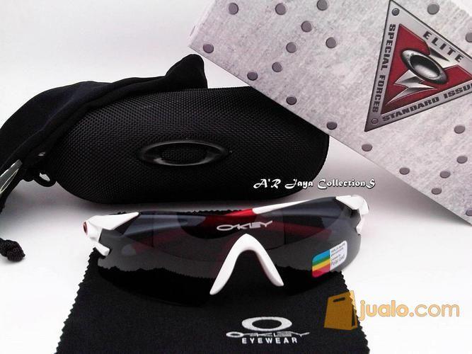 Sunglasses kacamata o alat musik lainnya 12307103