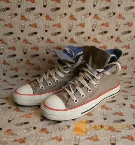 Sepatu converse high mode lainnya 12397397